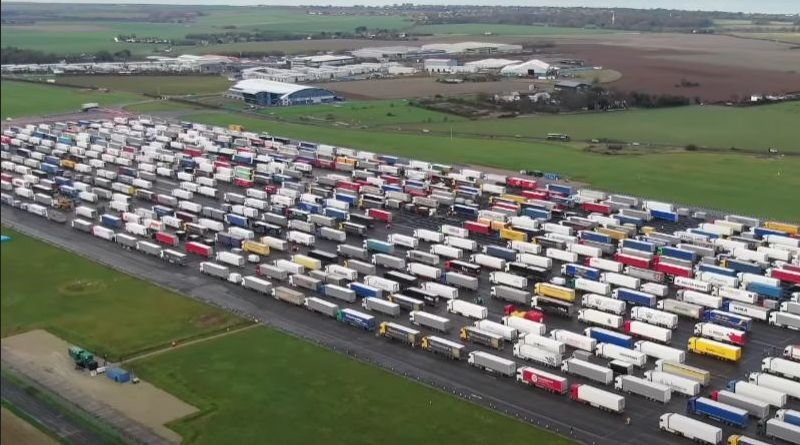 Thousands of lorries are on hold due to UK border