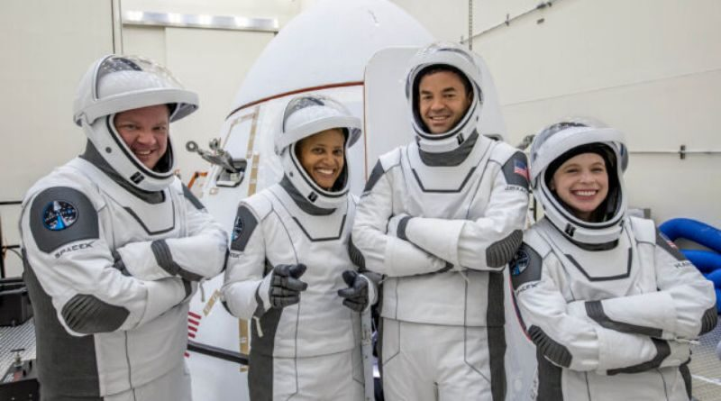 countdown-to-mission-inspiration-4-by-spacex