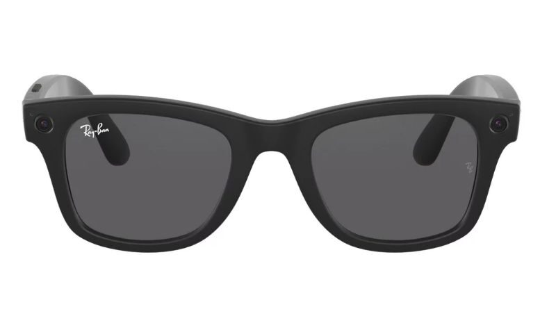 facebook-and-rayban-create-the-first-smart-glasses
